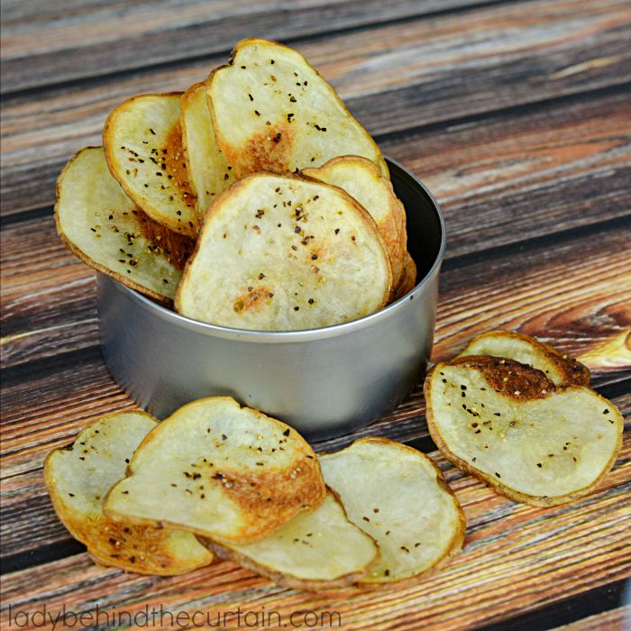 Simple-Baked-Potato-Chips-2