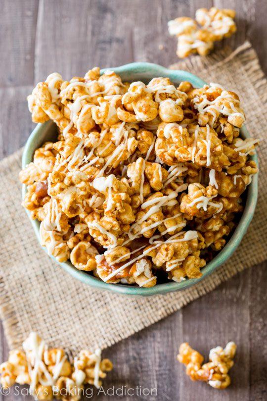 cinnamon-bun-caramel-corn