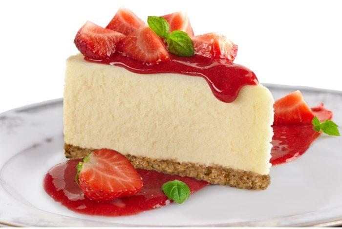 strawberry-vegan-cheesecake