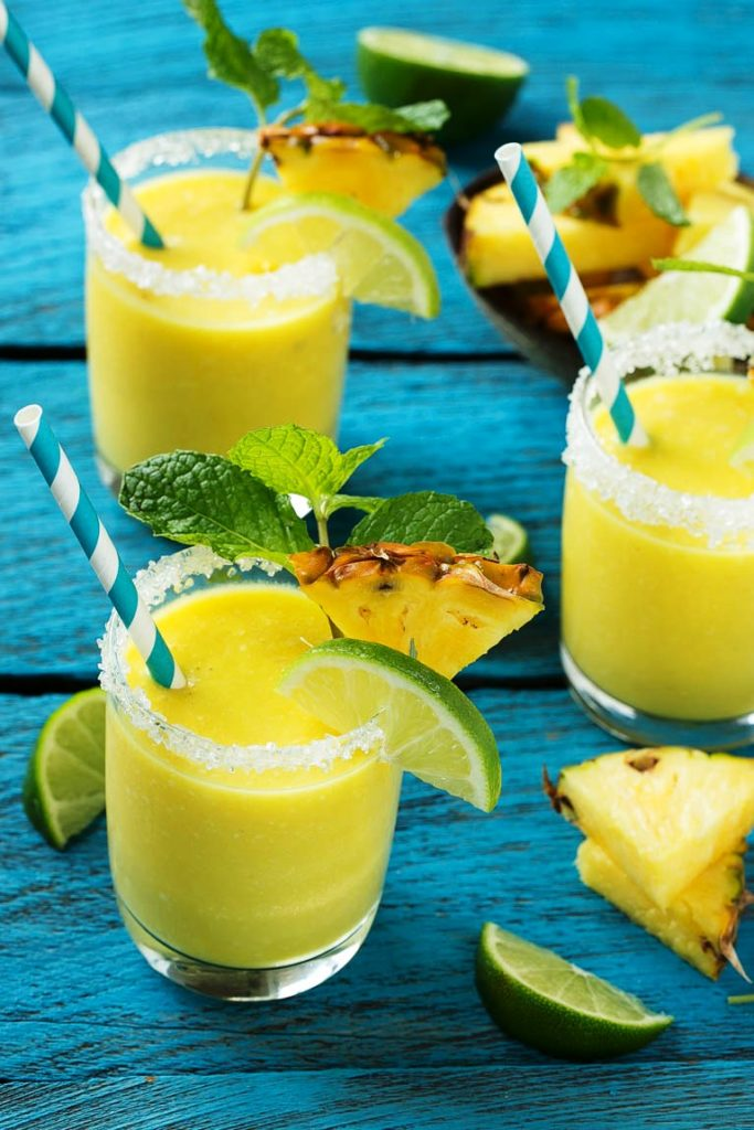 pineapple-coconut-smoothie