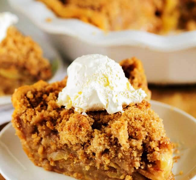 apple-crunch-pie-crumbed