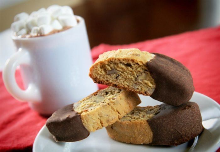 pecan-chocolate-biscotti