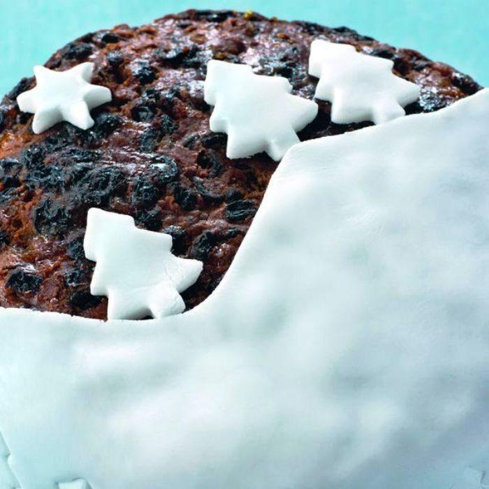 Nigellas-traditional-christmas-cake