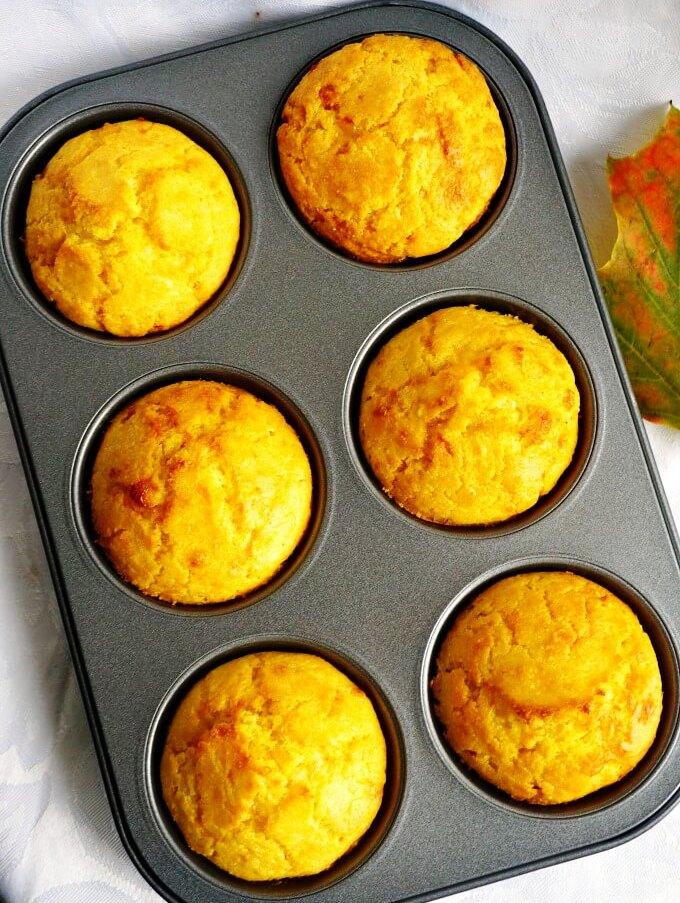 Savoury-cheddar-cornbread-muffins