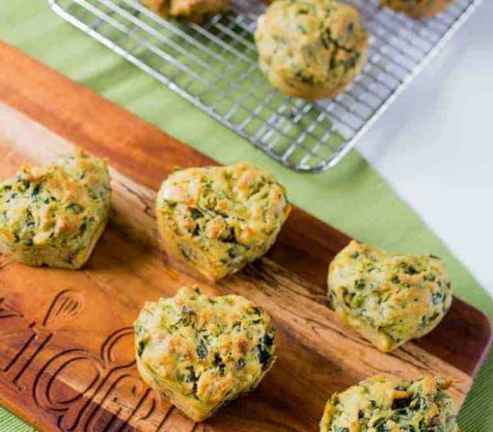 Spinach-fetta-and-pesto-muffins