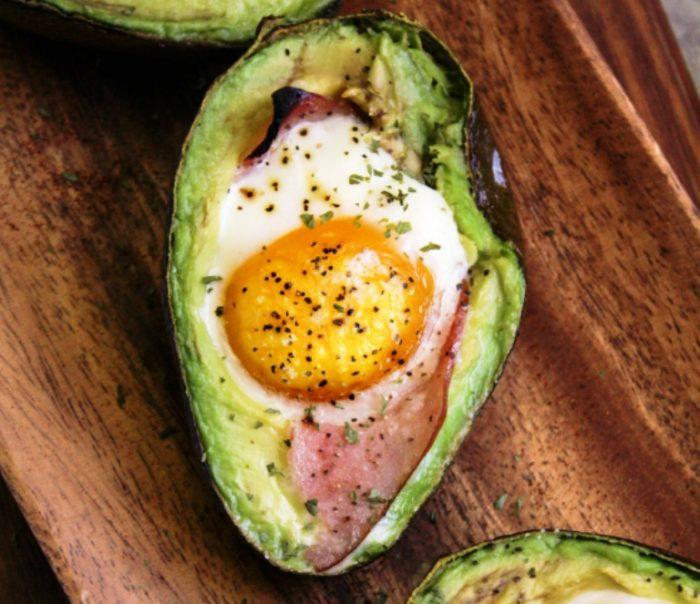 Avocado-egg-bake