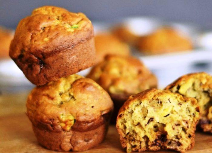 Banana-avocado-muffins