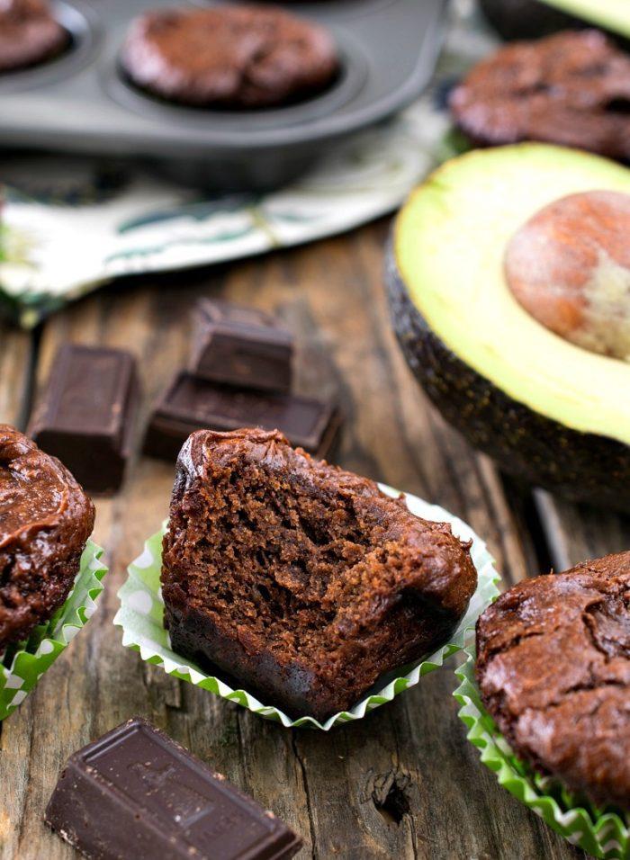 Chocolate-avocado-brownie-muffin-bites