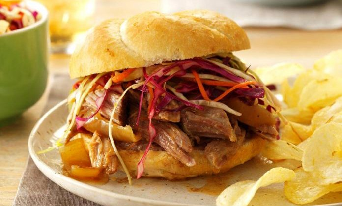Spicy-pulled-pork-sandwiches or hamburgers