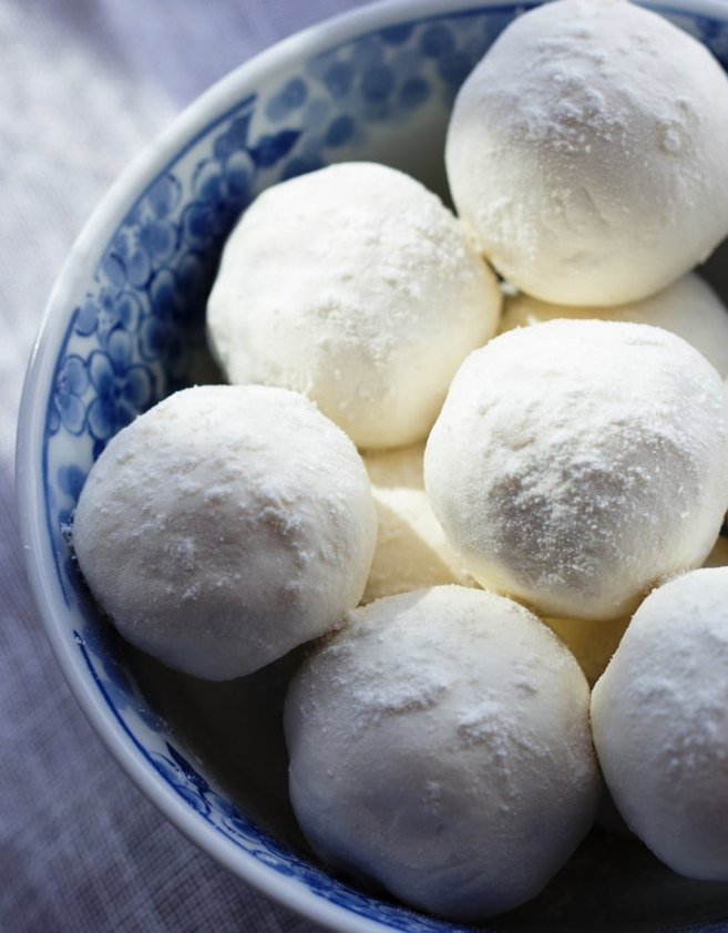 Moisture-rich-milk-and-honey-bath-melts