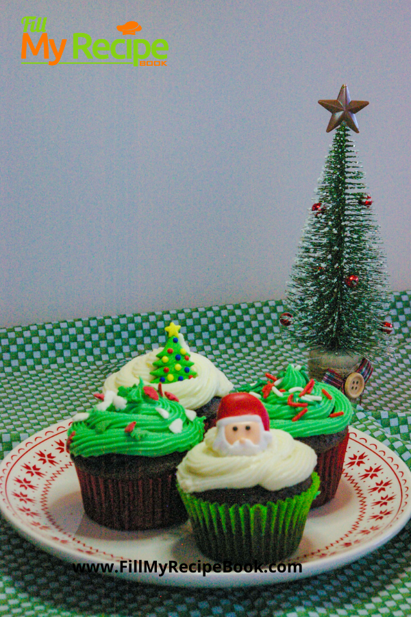 Cup cakes with green and vanilla icing for christmas