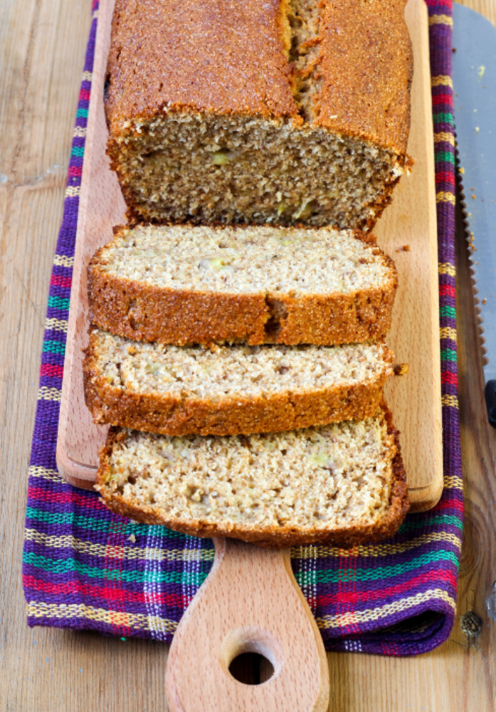 a kids school lunch apple and coconut wholemeal loaf